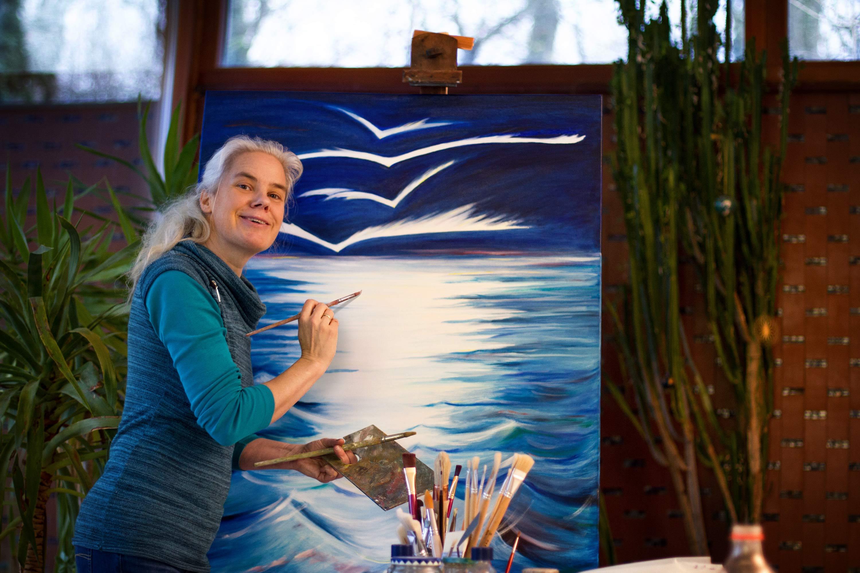 Johanna Silberbauer arbeitet an 'Die Ankunft der Flieger'